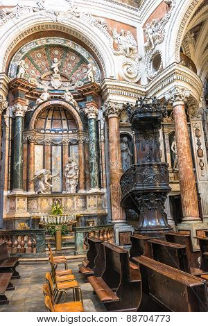 Pulpit at San Lorenzo Church in Turin