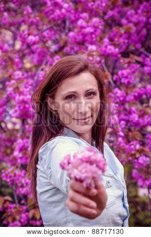 allergic floral holding girl