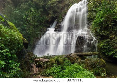 The Pha Dok Seaw Tropical waterfall in the Doi Inthanon National park, Thailand