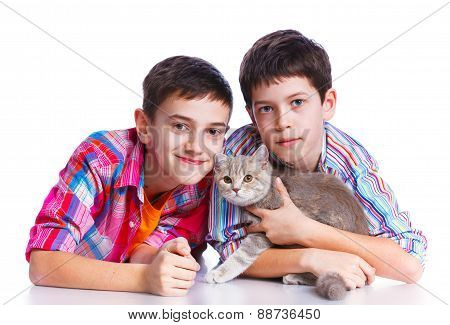 Boys with his cat