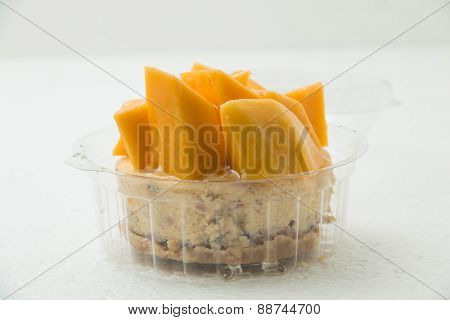 Cheese Cake With Mango In A Cup