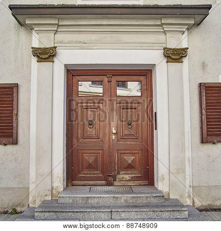 elegant house door, Munchen Germany