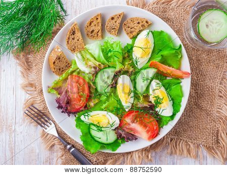 Fresh Salad With Egg And Vegetables