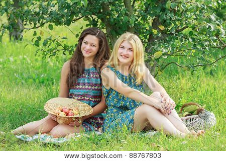 Student Friends On Farm Vacations With Organic Farming Harvest
