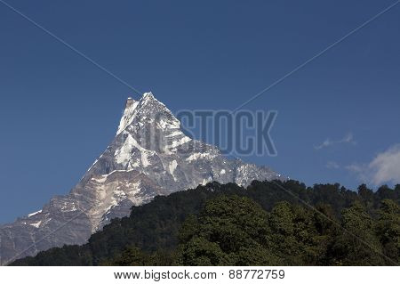 Machhapuchchhre Mountain - Fish Tail In English Is A Mountain In The Annapurna Himalya, Nepal
