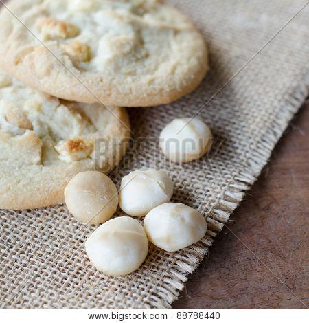 White Chocolate Macadamia Cookie And Macadamia Nut