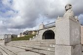 picture of manor  - Figures carved sphinxes of gray granite and are on the waterfront opposite the manor Kushelev - JPG