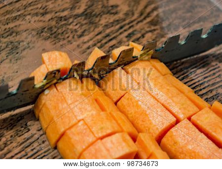 Chopped Carrots With Blade