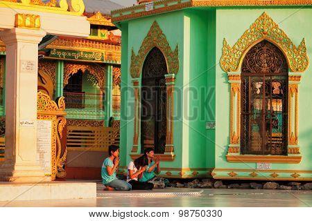 In Front Of Botataung Pagoda, Yangon