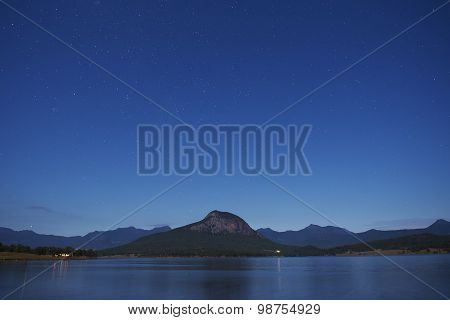 Stars over Lake Moogerah