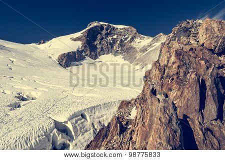 Mountain panorama.