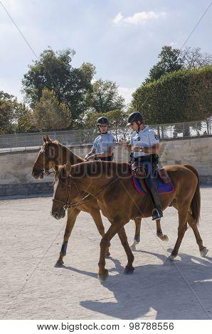 Horse Gendarmes