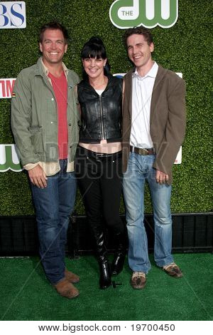LOS ANGELES - JUL 28:  Michael Weatherly, Pauley Perrette, Brian Dietzen arrive at the CBS Summer Press Tour Party  at The Tent  on July28, 2010 in Beverly Hills, CA