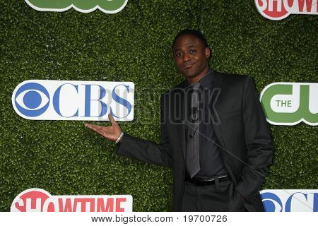 LOS ANGELES - JUL 28:  Wayne Brady arrives at the 2010 CBS, The CW, Showtime Summer Press Tour Party  at The Tent Adjacent to Beverly Hilton Hotel on July 28, 2010 in Beverly Hills, CA ...