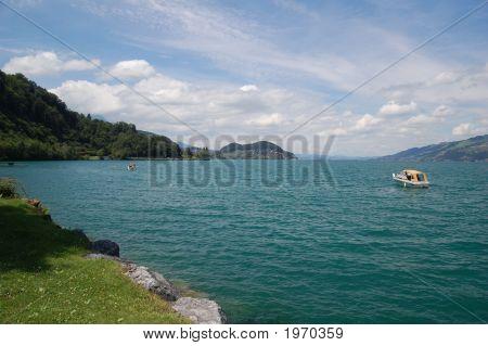 Lake Thun Vista