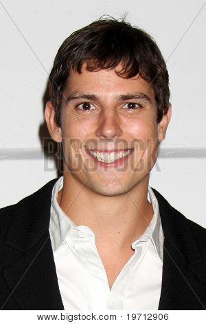 LOS ANGELES - AUG 27:  Sean Faris arrives at the Art of Elysium 2nd Annual Genesis Event  at Milk Studios on August 27, 2010 in Los Angeles, CA