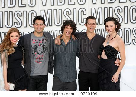 LOS ANGELES - SEP 12:  Crystal Reed, Teen Wolf Cast arrives at the 2010 MTV Video Music Awards  at Nokia - LA Live on September 12, 2010 in Los Angeles, CA