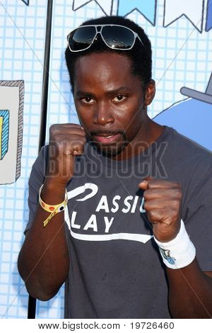 LOS ANGELES - SEP 26:  Harold Perrineau arrives at the Ultimate Slam Paddle Jam 2010 at Music Box Theater on September 26, 2010 in Los Angeles, CA