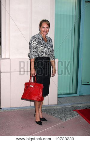 LOS ANGELES - SEP 28:  Crystal Chappell arrives at