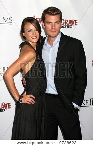 LOS ANGELES - SEP 29:  Sarah Butler, Jeff Branson arrives at the