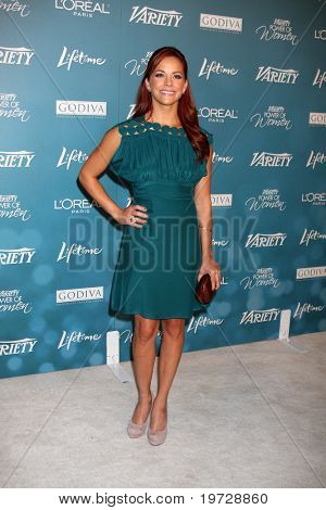 LOS ANGELES - SEP 30:  Amy Paffrath arrives at  Variety's 2nd Annual Power of Women Luncheon at Beverly Hills Hotel on September 30, 2010 in Beverly Hills, CA