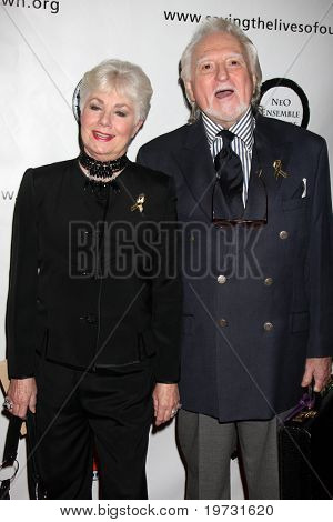 LOS ANGELES - OCT 5:  Shirley Jones, Marty Ingles arrive at