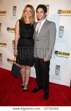LOS ANGELES - OCT 8:  Clementine Ford, Greg Rikaart arrives at the Gay, Lesbian and Straight Education Network Respect Awards at Beverly Hills Hotel Theatre on October 8, 2010 in Beverly Hills, CA