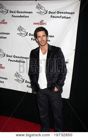 LOS ANGELES - OCT 9:  Brandon Beemer arrives at the