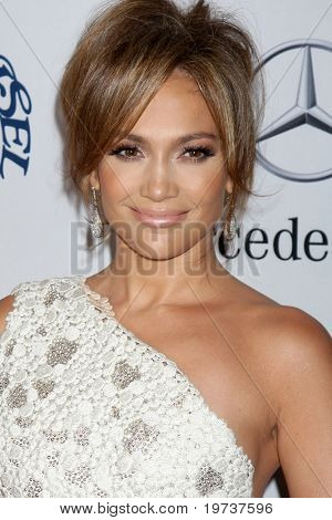 LOS ANGELES - OCT 23:  Jennifer Lopez  arrives at the 2010 Carousel of Hope Ball at Beverly Hilton Hotel on October 23, 2010 in Beverly Hills, CA