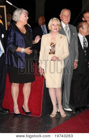 LOS ANGELES - NOV 3:  Tyne Daly, Tippi Hedren arrives at the Hollywood Walk of Fame 50th Anniversary Celebration at Hollywood & Highland on November 3, 2010 in Los Angeles, CA