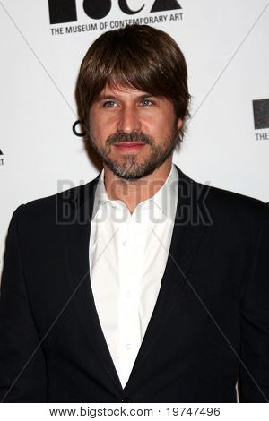 LOS ANGELES - NOV 13:  Rodger Berman arrives at the MOCA's Annual Gala