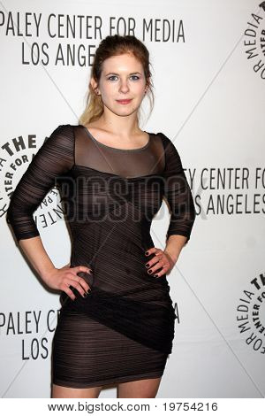 LOS ANGELES - NOV 30:  Magda Apanowicz arrives at the Paley Center for Media Annual Los Angeles Gala at Beverly Wilshire Hotel on November 30, 2010 in Beverly Hills, CA