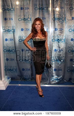 LOS ANGELES - JAN 5:  Tracey E. Bregman arrives at 2011 People's Choice Awards at Nokia Theater at LA Live on January 5, 2011 in Los Angeles, CA