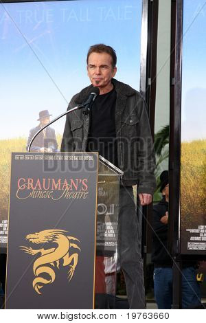 LOS ANGELES - JAN 5:  Billy Bob Thornton at the Robert Duvall Hand and Footprint Ceremony at Grauman's Chinese Theater on January 5, 2011 in Los Angeles, CA
