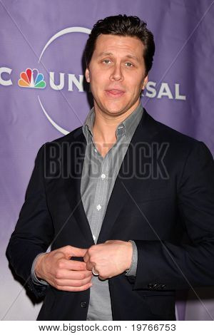 PASADENA, CA - JAN 13:  Hayes MacArthur arrives at the NBC TCA Winter 2011 Party at Langham Huntington Hotel on January 13, 2010 in Pasadena, CA