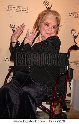 LOS ANGELES - JAN 20:  Rose Marie arrives at the ATASHall of Fame Committe's 20th Annual Induction Gala at Beverly Hills Hotel on January 20, 2011 in Beverly Hills, CA