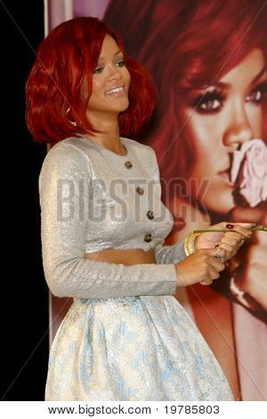 LOS ANGELES - FEB 18:  Rihanna at the Instore Appearance for her Fragrance Launch of 'Reb?l Fleur' at Macy's  on February 18, 2011 in Lakewood, CA