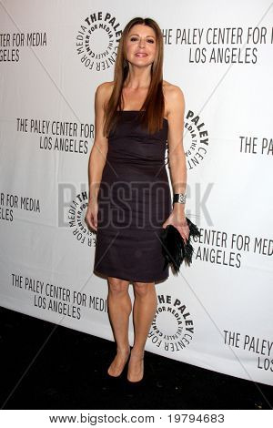 """LOS ANGELES - MAR 8:  Jane Leeves arriving at the """"Hot in Cleveland"""" PaleyFest 2011 Event at Saban Theatre on March 8, 2011 in Beverly Hills, CA"""