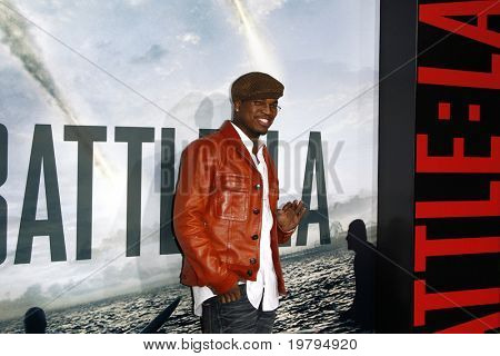 LOS ANGELES - MAR 8:  Ne-Yo arriving at the