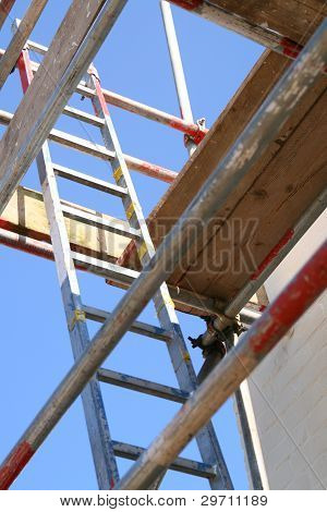 Scaffold & Ladder (2104)