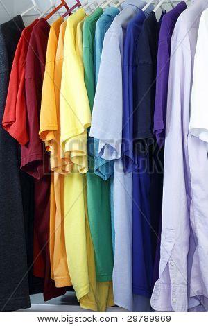 Variedade de camisa
