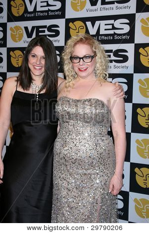 ... Kirsten Vangsness Photo Melanie Goldstein Kirsten Vangsness Engaged Kirsten Vangsness And Melanie Goldstein Wedding