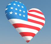 picture of dimentional  - US flag in heart shape to created from three dimention program - JPG