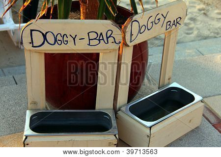Doggy Bar