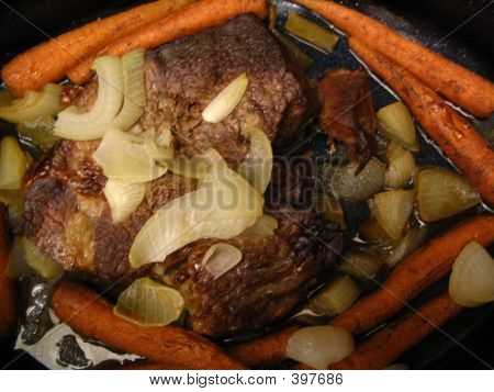 Beef Roast And Carrots,onions