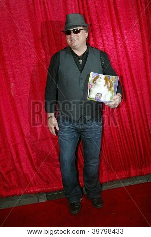 UNIVERSAL CITY - DEC. 4: Brett Hunt arrives at publicist Mike Arnoldi's birthday celebration & Britticares Toy Drive for Children's Hospital at Infusion Lounge on  Dec. 4, 2012 in Universal City, CA.