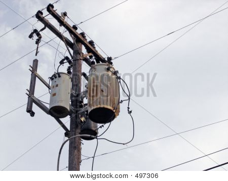 Telephone_pole