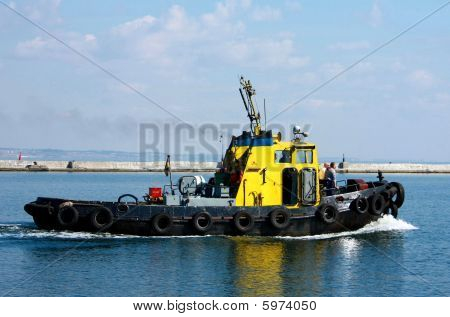 Towboat Going Up Stream.