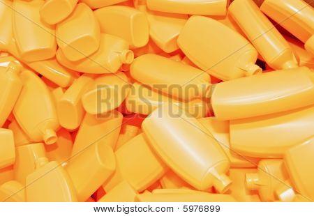 Heap gelb Kunststoff-Flaschen
