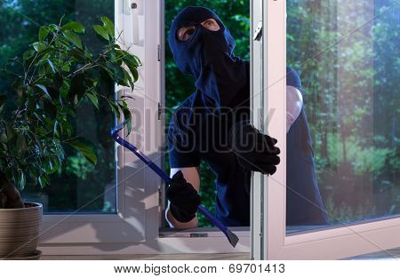 Burglar With Crowbar